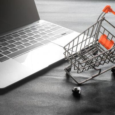 Optymalizacja sprzedaży w firmach handlowych – kluczowe aspekty