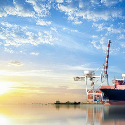 Jak wykorzystać system ERP do planowania zaopatrzenia w dystrybucji i handlu B2B?